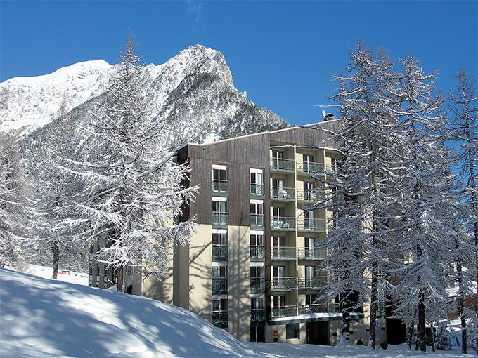 Image france hautes alpes montgenevre villages vlubs du soleil village