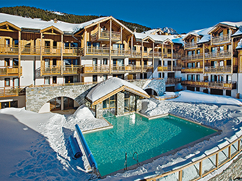 (vignette) Vignette france hautes alpes montgenevre residence club mmv le hameau des airelles piscine
