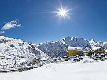 (vignette) Vignette france hautes alpes orcieres  villages clubs du soleil vue ensemble